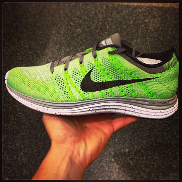 Nike Flyknit Running Shoes Womens