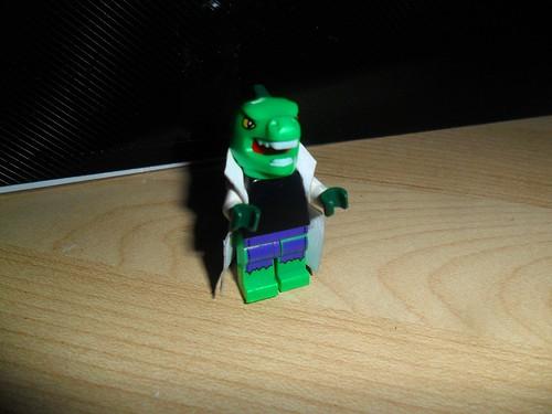 lego marvel superheroes  lizard  custom