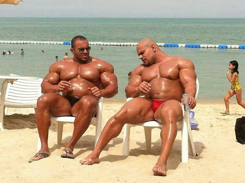 Bodybuilder's On Beach | Tim M | Flickr