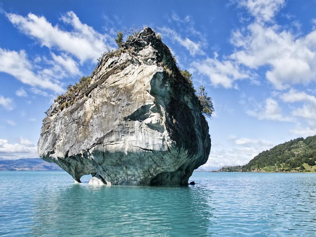 20130129 Chile 0601 Lake General Carrera Erosion Of