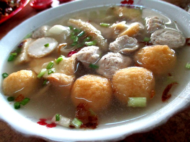 Huang Chuang Cafe mixed soup