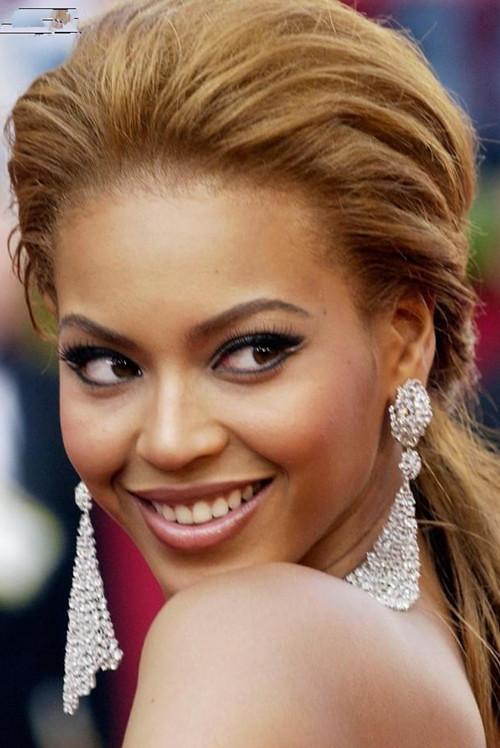 Beyonce Half Updo Favorite Beyonce Knowles Hairstyles Uniwigs