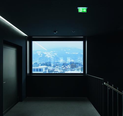 lct one 7 og zumtobel lighting gmbh cree building. Black Bedroom Furniture Sets. Home Design Ideas
