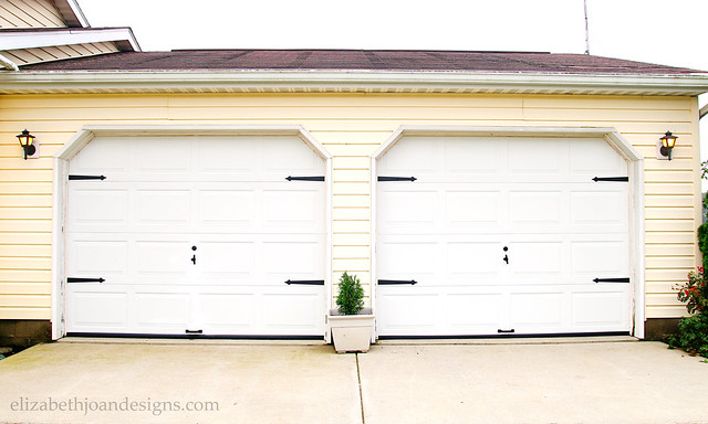 Simple Garage Door Makeover