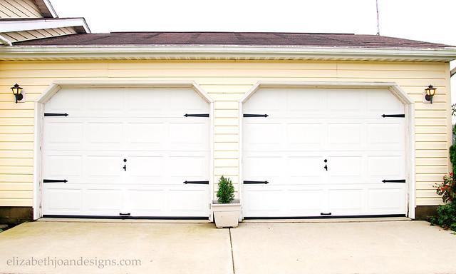 simple garage door makeover -
