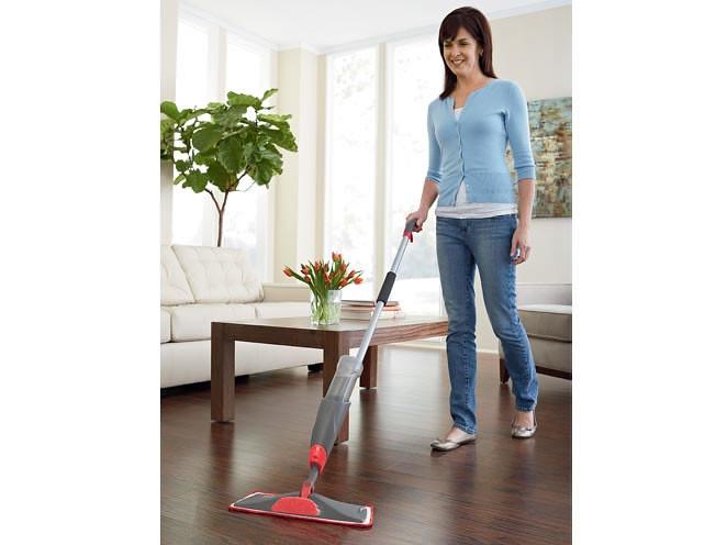 Living Room Cleaning Tasks