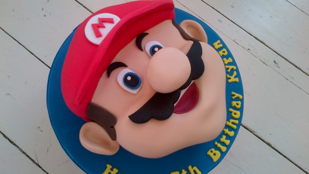 Mario Bros Face Cake