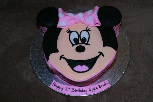 Minnie Mouse Cake Decoration On Top