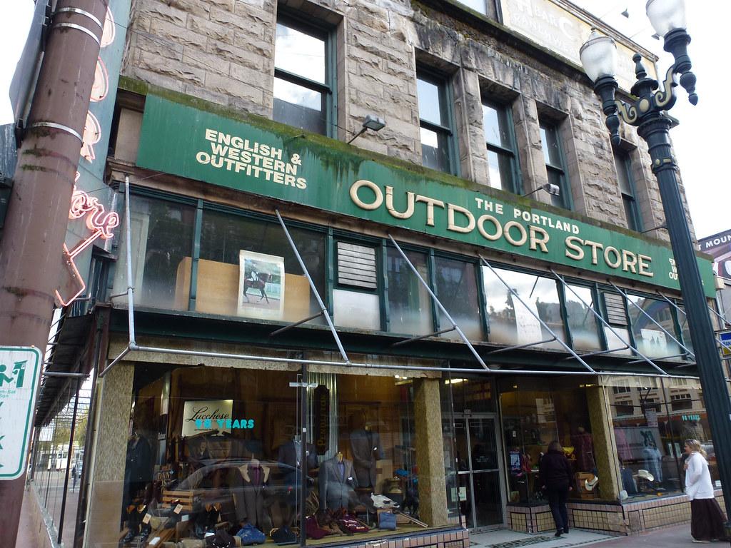 portland outdoor store dave patten flickr. Black Bedroom Furniture Sets. Home Design Ideas