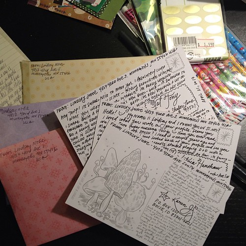 It's a letter-writing kind of night #penpals #mailart #snailmail | by LindsayJuneNohl
