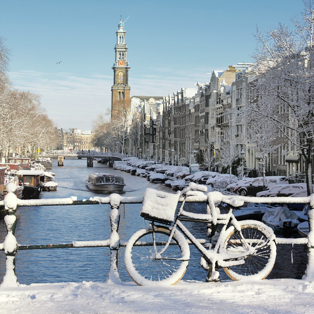 An Early Morning Winter Treat In Amsterdam 169 All Rights