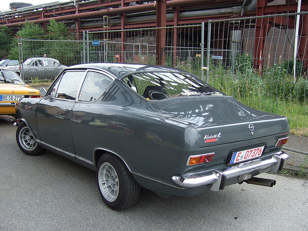opel kadett b kiemen coup 1966 67 if it 39 s a rallye. Black Bedroom Furniture Sets. Home Design Ideas