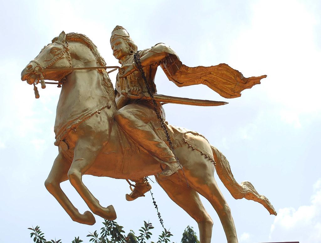 Raja Raja Cholan Manimandapam Thanjavur Raja Raja Cholan M Flickr