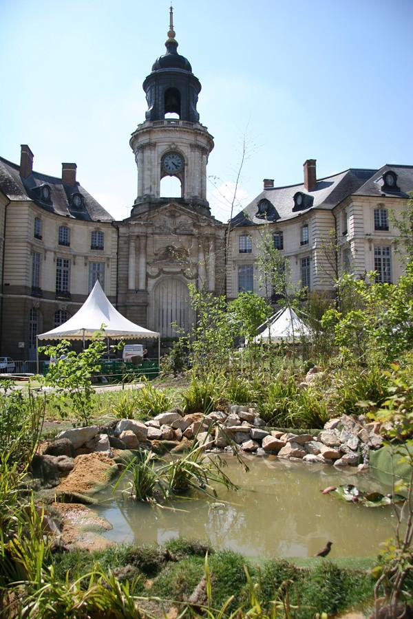 Place de la mairie et tang chambre agriculture ille et - Chambre agriculture ille et vilaine ...