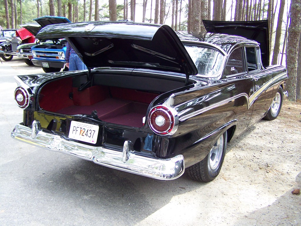 1957 FORD WITH MUSTANG GT 4.6 AND INTERIOR (2) | Ford ...