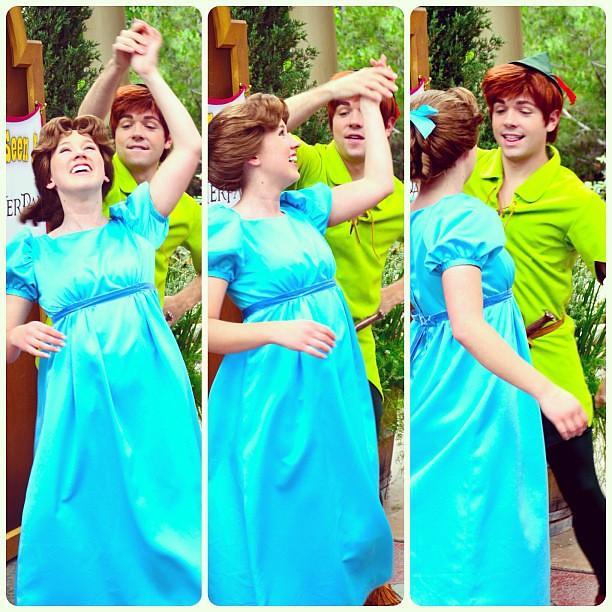 Peter and Wendy dancing. #peterpan #wendydarling #peterand ...