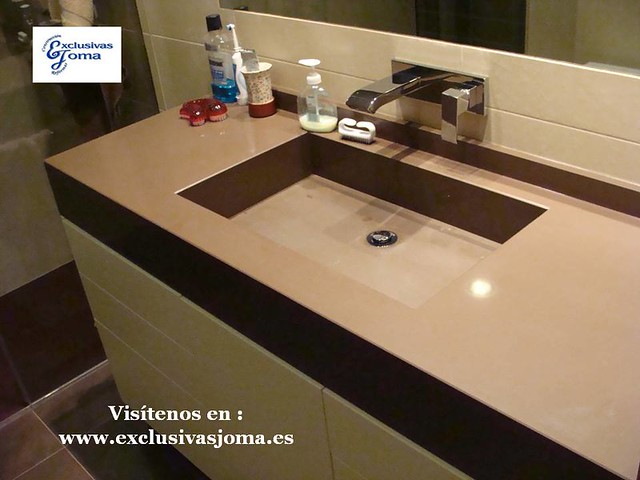 Exclusivas joma silestone compac quartz nature geberit - Encimera marron chocolate ...