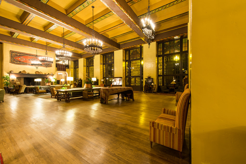 The Overlook Hotel Colorado Room Ahwahnee