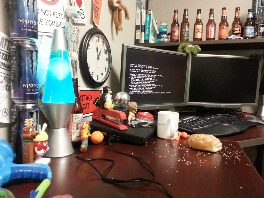 Sesame seeds on my desk. Waiting for computer to reboot. #… | Flickr