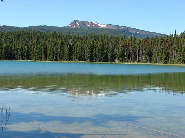 Tipsoo Peak from Maidu Lake