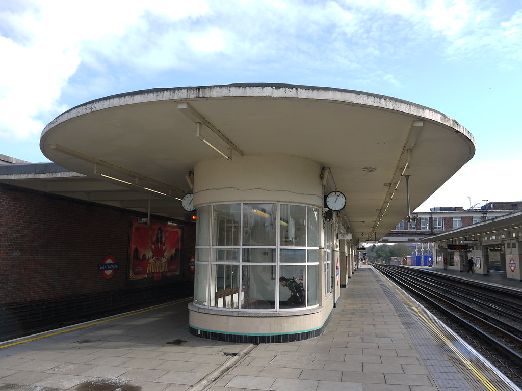 deco east finchley underground station norther flickr