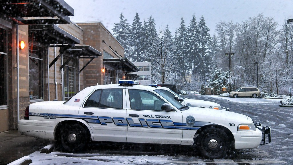 Mill Creek Police Department Ford Crown Victoria Police Interceptor In The Snow By Andrewkim