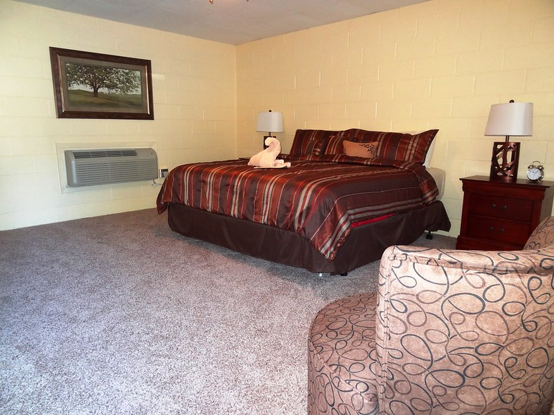 Joplin Inn Guestrooms
