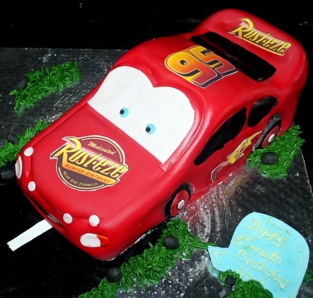 Mc Queen Car Shaped Fondant Covered cake Flickr - Photo ...