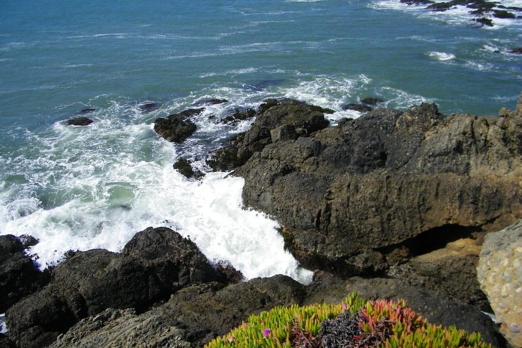 Lighthouse In Pescadero Ca Bay Arealighthousesan Franciscoabandoned Beach Swing