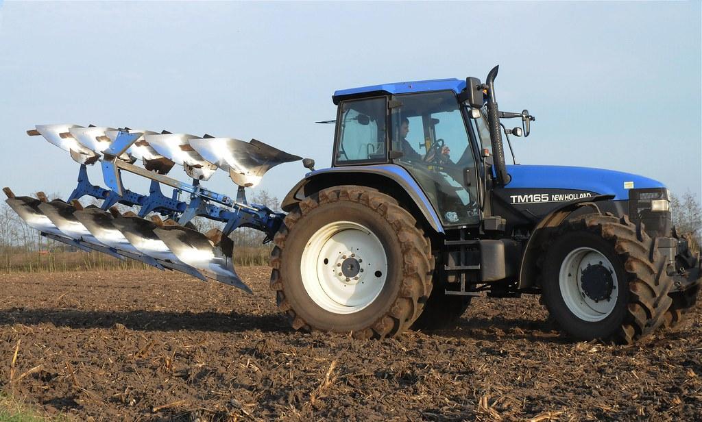 Traktor Pflug