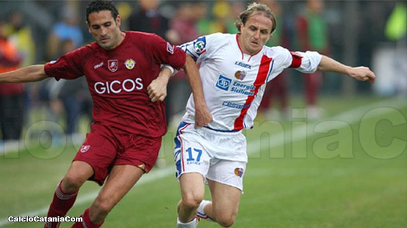 Incredibile a Reggio Calabria: giocatori del Catania derubati allo stadio Granillo