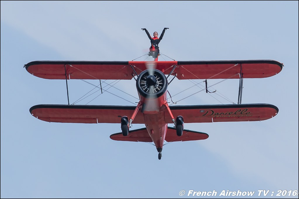 46 Aviation Wingwalker Danielle , 46 Aviation , N450D , Stearman, Kaydet ,22 ème meeting aérien international de Roanne , Meeting Aerien Roanne 2016, Meeting Aerien Roanne , ICAR Manifestations , meeting aerien roanne 2016 , Meeting Aerien 2016 , Canon Reflex , EOS System