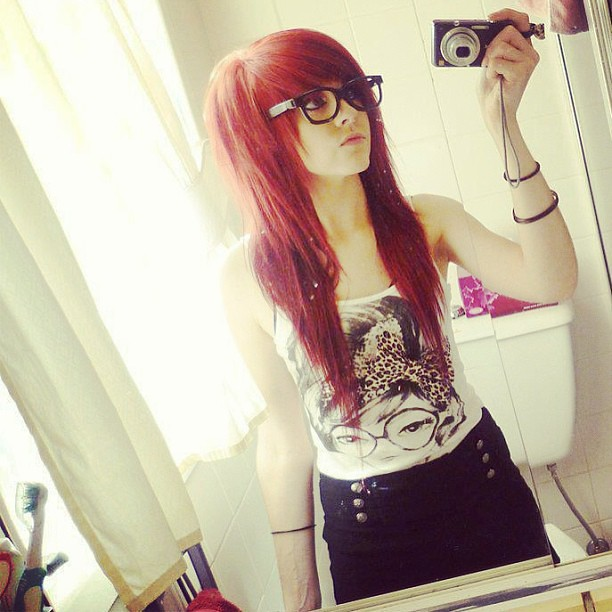 #cool #girl #emo #hair #red #cannon #pretty #eyes #nice #l ...