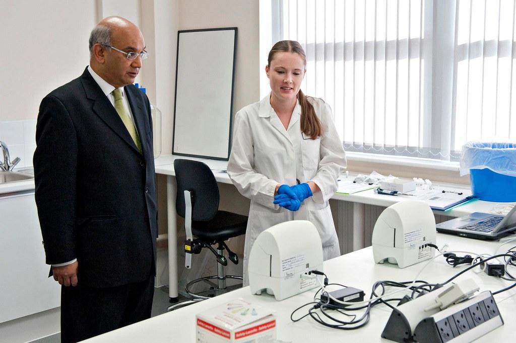 Rt Hon Keith Vaz & Jenna Best of Quotient Diagnostics