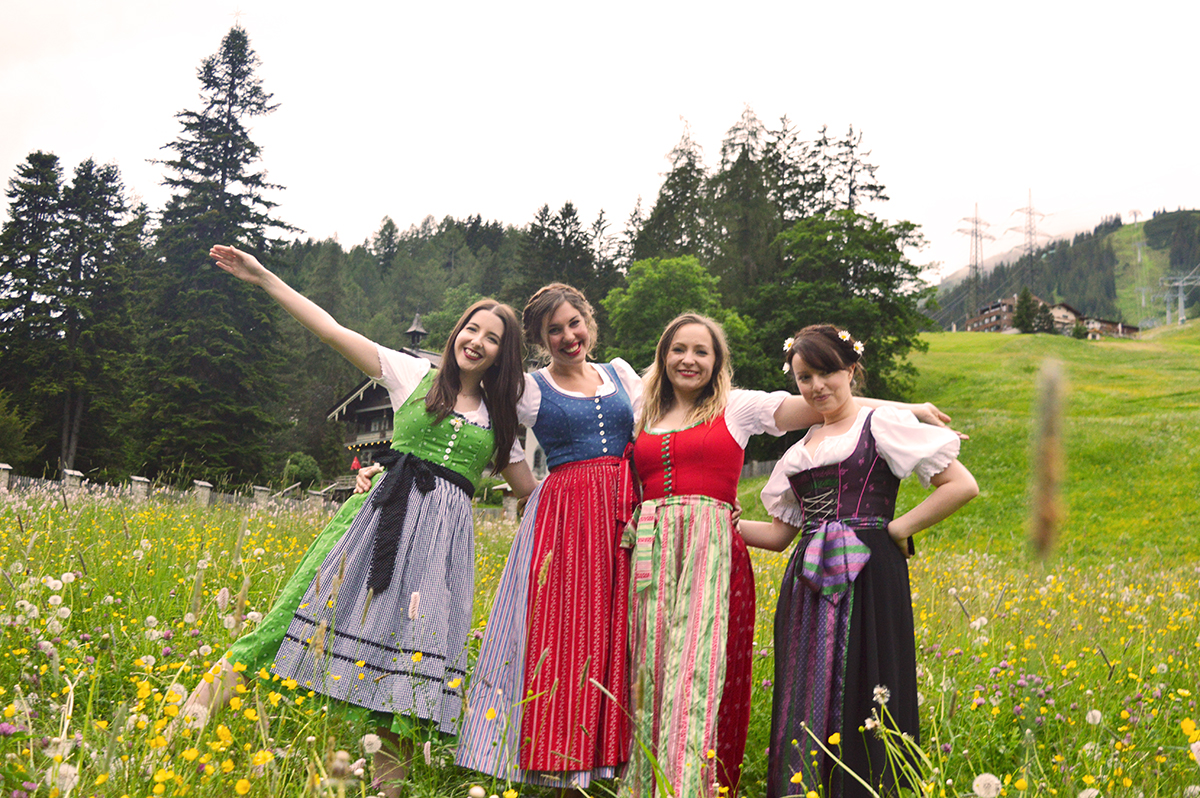 dirndl-austrian-dress