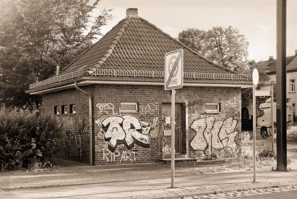 berlin franz sisch buchholz parkstra e 2010 guessed in t flickr. Black Bedroom Furniture Sets. Home Design Ideas