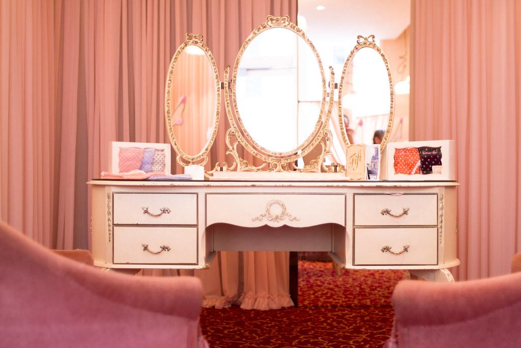 fifi chachnil boutique paris 6eme haleigh walsworth flickr. Black Bedroom Furniture Sets. Home Design Ideas