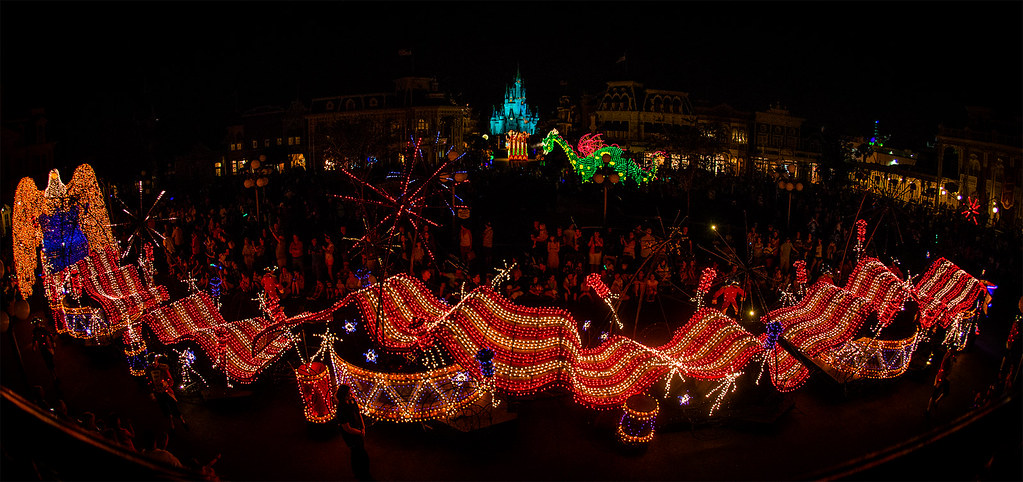 "Main Street Electrical Parade - ""To Honor America"" 