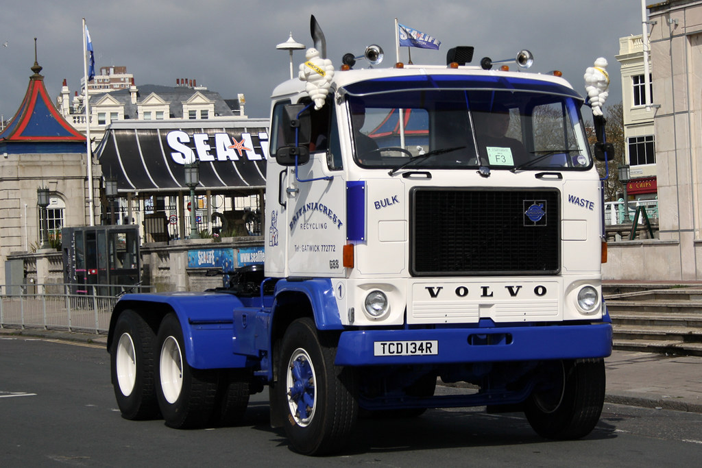 Volvo G88 Britaniacrest Recycling TCD134R | Historic Commerc… | Flickr
