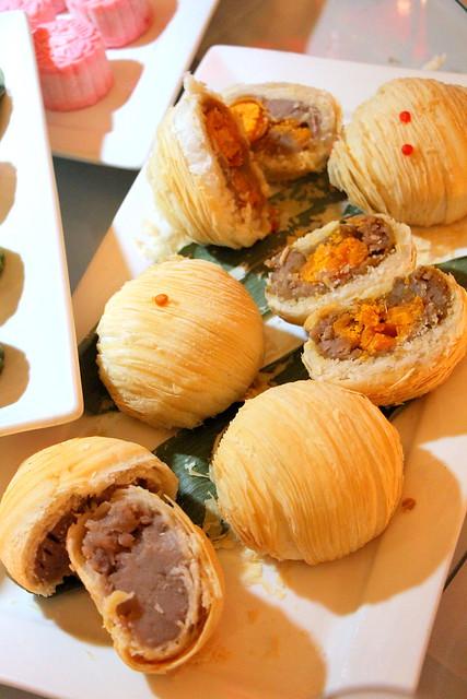 Halves of Peony Jade Cantonese Mooncakes