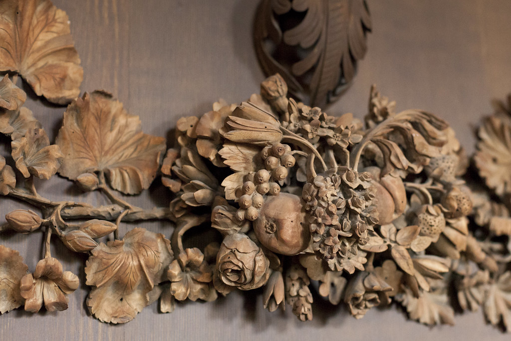 Fruit grinling gibbons panelling carved room petworth