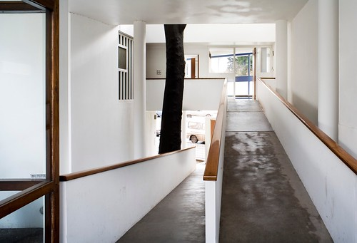 Maison Curutchet - Ramp (Photo by Oliver Martin-Gambier) | by 準建築人手札網站 Forgemind ArchiMedia
