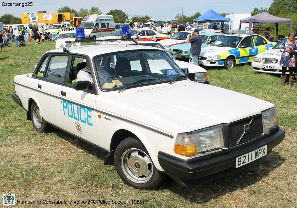 Hampshire Constabulary Volvo 240 Police Special | This fully… | Flickr