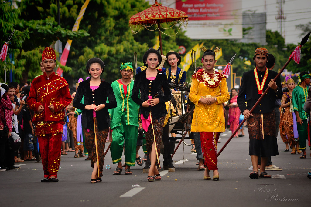 Indonesian traditional culture  KIRAB, acara tradisional in…  Flickr