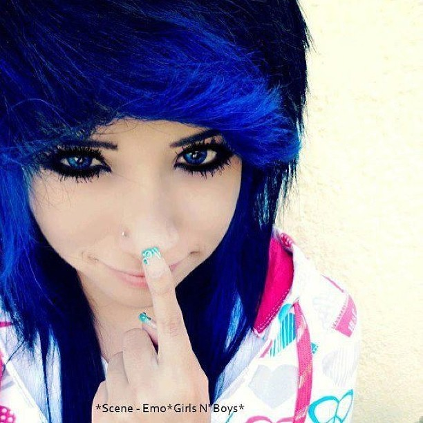 Beautiful emo girl pics