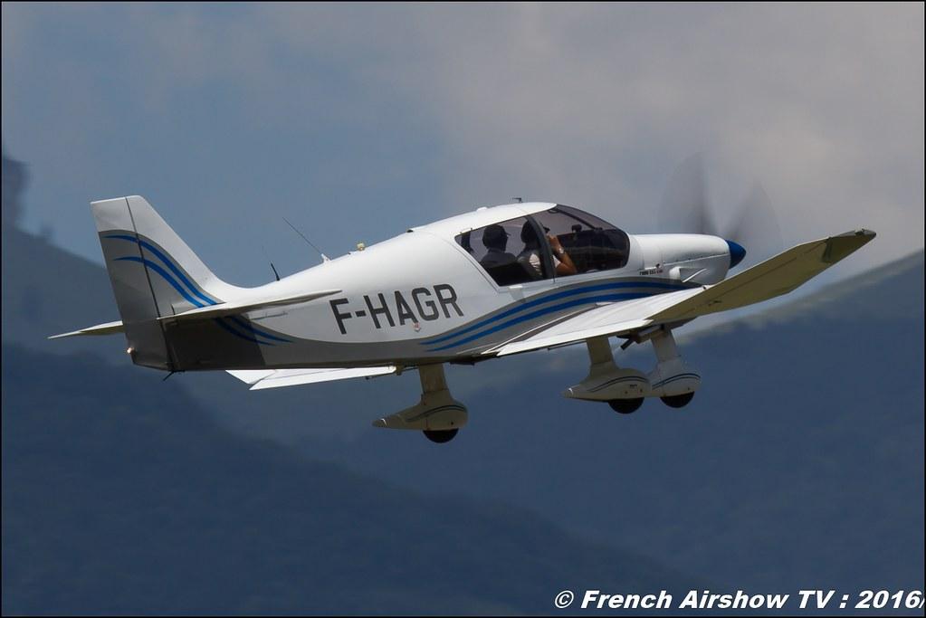 Patrouille Wips , Patrouille Aeroclub du Dauphiné , team wips , DR 400 , Grenoble Air show 2016 , Aerodrome du versoud , Aeroclub du dauphine, grenoble airshow 2016, Rhone Alpes