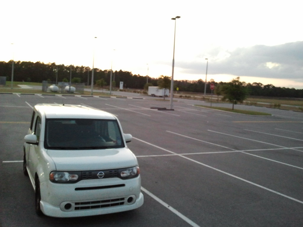 parking lot essay Parking is the act of stopping and disengaging a vehicle and leaving it  unoccupied parking on  in addition to basic car parking/parking lots variations  of serviced parking types exist common serviced parking types are: park and  ride valet.