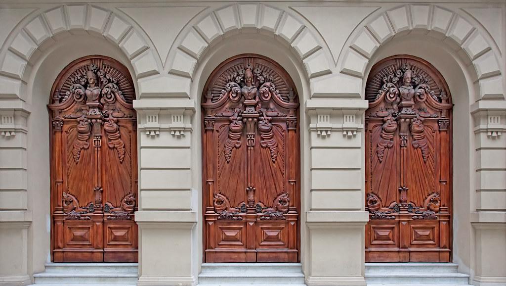 The three doors of destiny rio brazil ricardo for Door of destinies