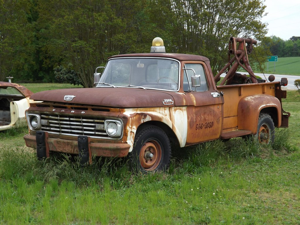 1963 Ford F350 Tow Truck Believed To Be A 63 Ford If You