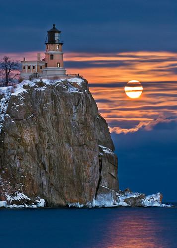 Jan Full Moon At Split Rock Lighthouse In Jan The Full Mo Flickr